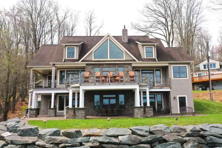 Lake-Wallenpaupack-Waterfront-Homes-for-Sale